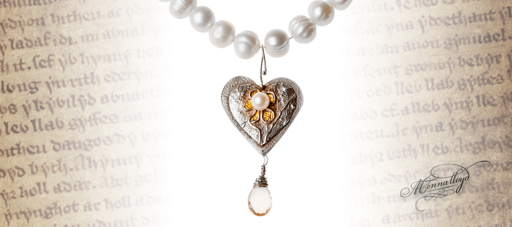 Cariad Signature Necklace on pearl